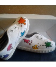 Zapatillas infantiles manchas